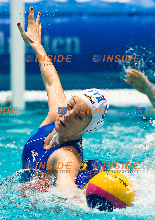 Eindhoven , Netherlands (NED) 20/1/2012.LEN European  Water Polo Championships 2012.Day 05 - Women.Italia (White) - Spain (Blue)..ITA.9 EMMOLO Giulia Enrica.ESP.6 PAREJA Jennifer..Photo Insidefoto / Giorgio Scala