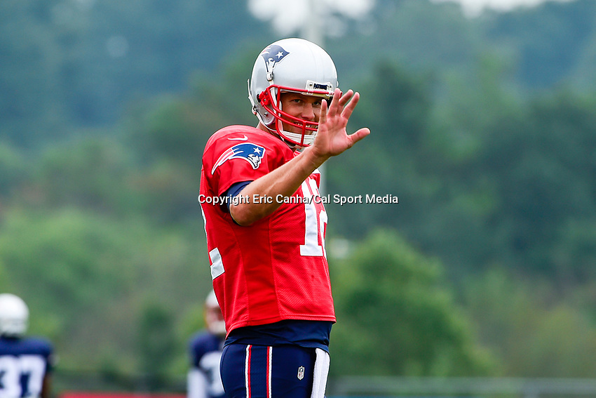 August 3, 2017: New England Patriots quarterback Tom Brady (12) waves to fans at the New England Patriots training camp held at Gillette Stadium, in Foxborough, Massachusetts. Eric Canha/CSM