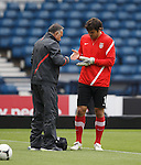 Serbian keeper suffera a hand injury during training