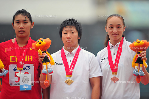(L to R) Liu Tingting (CHN), Masumi Aya (JPN), Yuka Murofushi (JPN),JULY 7, 2011 - Athletics :The 19th Asian Athletics Championships Hyogo/Kobe, Women's Hammer Throw Final at Kobe Sports Park Stadium, Hyogo ,Japan. (Photo by Jun Tsukida/AFLO SPORT) [0003]