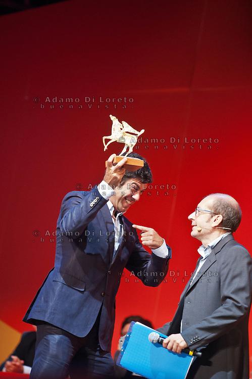 PESCARA (PE) 08/07/2012 - 39° FILM FESTIVAL INTERNAZIONALE FLAIANO. PREMIAZIONE FINALE. IN FOTO L'ATTORE FAVINO. FOTO DI LORETO ADAMO