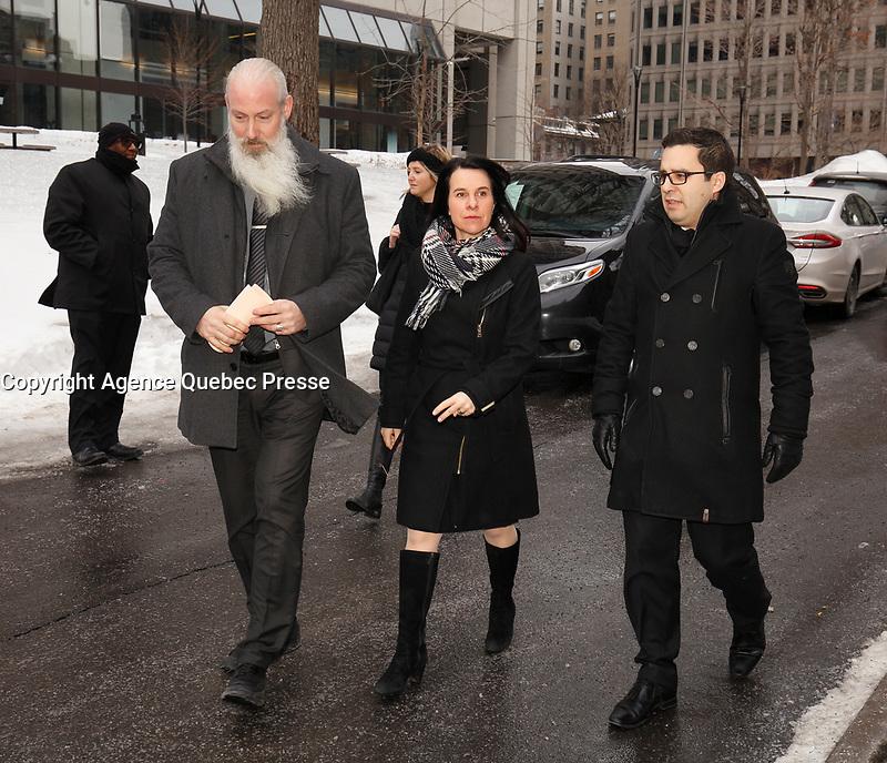 la mairesse Valerie Plante  parle aux medias avant<br />  Les funerailles du Pere Emmett Johns, &quot;Pops&quot;, celebres par l'Archevque de Montreal Christian Lepine, le 27 Janvier 2018 a la Basilique Saint-Patrick. <br /> <br /> PHOTO :  Agence Quebec Presse