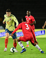 BOGOTA - COLOMBIA, 03-06-2019: James Rodriguez jugador de Colombia disputa el balón con K Galvan jugador de Panamá durante partido amistoso entre Colombia y Panamá jugado en el estadio El Campín en Bogotá, Colombia. / James Rodriguez player of Colombia fights the ball with Kevin Galvan player of Panama during a friendly match between Colombia and Panama played at Estadio El Campin in Bogota, Colombia. Photo: VizzorImage / Nelson Rios / Cont