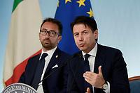 Roma, 24 Luglio 2018<br /> Alfonso Bonafede, Giuseppe Conte<br /> Conferenza stampa a Palazzo Chigi al termine del Consiglio dei Ministri, Decreto Mille Proroghe