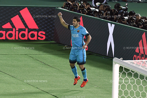 Luis Suarez (Barcelona), <br /> DECEMBER 17, 2015 - Football / Soccer : <br /> FIFA Club World Cup Japan 2015 semi-fina match <br /> between FC Barcelona 3-0 Guangzhou Evergrande <br /> at Yokohama International Stadium, Kanagawa, Japan. <br /> (Photo by AFLO SPORT)