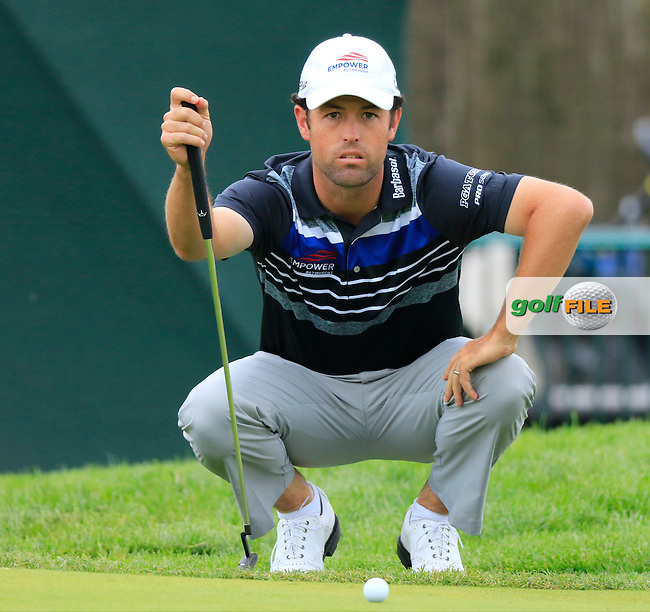 Robert Streb (USA) lines up his putt on the 8th green during Friday's Round 1 of the 2016 U.S. Open Championship held at Oakmont Country Club, Oakmont, Pittsburgh, Pennsylvania, United States of America. 17th June 2016.<br /> Picture: Eoin Clarke | Golffile<br /> <br /> <br /> All photos usage must carry mandatory copyright credit (&copy; Golffile | Eoin Clarke)