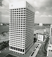 1970 July 20..Redevelopment...Downtown South (R-9)..Virginia National Bank Building.Looking West..Millard Arnold.NEG# MDA70-84-12.NRHA#..