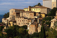 Italien, Umbrien, Blick auf Todi