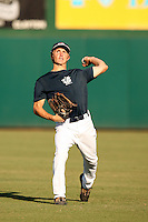September 14, 2009:  Corey Hahn, one of many top prospects in action, taking part in the 18U National Team Trials at NC State's Doak Field in Raleigh, NC.  Photo By David Stoner / Four Seam Images