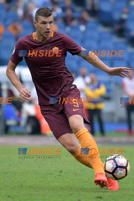 Edin Dzeko Roma.<br /> Roma 11-09-2016  Stadio Olimpico<br /> Campionato Serie A,<br /> AS Roma - Sampdoria<br /> Foto Antonietta Baldassarre / Insidefoto