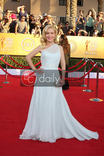 Angela Kinsey<br /> at the 18th Annual Screen Actors Guild Awards Arrivals, Shrine Auditorium, Los Angeles, CA 01-29-12<br /> David Edwards/DailyCeleb.com 818-249-4998