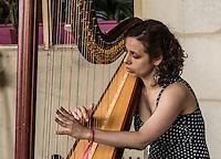Paris Fete de la musique   Festa della Musica 2015  Music Festival, Suonatrice di arpa, harpist,