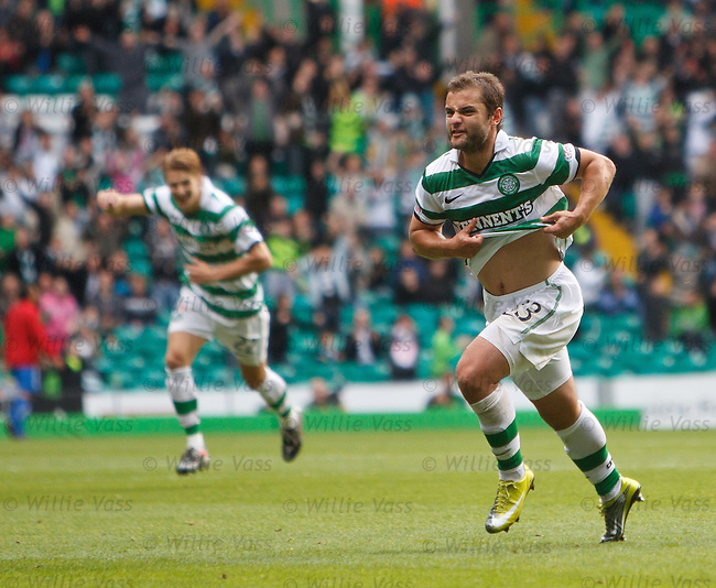 Shaun Maloney celebrates scoring Celtic's second goal
