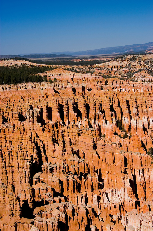 Bryce Canyon National Park, Ampitheater and Hoodoos of Silent City from Bryce Point, dawn, erosion, arid, Utah, UT, Southwest America, American Southwest, US, United States, Image ut340-17521, Photo copyright: Lee Foster, www.fostertravel.com, lee@fostertravel.com, 510-549-2202