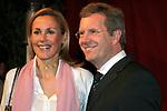 NDS MP Christian Wulff mit Lebensgefaehrtin Bettina Koerner - hier am 20.12.07 beim Nord-Sued - Dialog in Hannover.<br /> <br /> Foto: &copy; nph ( nordphoto )