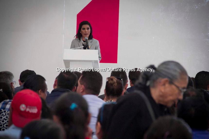 San Juan del Río, Qro. 2 diciembre 2016.- Da Mary García Primer Informe de Actividades Legislativas en el Portal del Diezmo de San Juan del Río.
