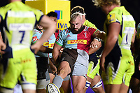Joe Marler of Harlequins celebrates his first half try. Aviva Premiership match, between Harlequins and Sale Sharks on October 6, 2017 at the Twickenham Stoop in London, England. Photo by: Patrick Khachfe / JMP