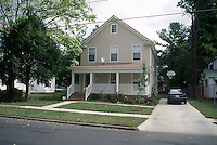 1998 October 13..Conservation.Ballentine Place..2712 KELLER...NEG#.NRHA#..