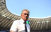 FUSSBALL   1. BUNDESLIGA  SAISON 2011/2012   33. Spieltag FC Bayern Muenchen - VfB Stuttgart       28.04.2012 Trainer Jupp Heynckes  (FC Bayern Muenchen)