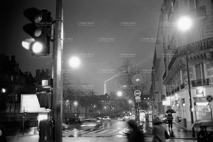 Paris Night Life Eiffel Tower Streets Didier Ruef Photography