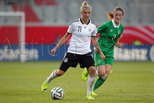 17.09.2014. Heidenheim, Germany. Womens World Cup football qualifier. Germany versus Republic of Ireland. Anja Mittag (Ger) challenged by Megan Campbell (Ireland)