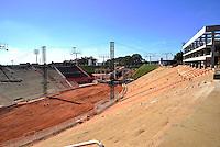 BARRETO, SP, 05 DE JULHO - CONSTRUÇÃO DO NOVO CAMAROTE PARA FESTA DO PEÃO DE BARRETOS DE 2013 - Construção de novos camarotes para a Festa de Peão de Barretos que acontece em agosto, na cidade de Barretos interior de São Paulo. (FOTO: GUILHERME SOARES / BRAZIL PHOTO PRESS).