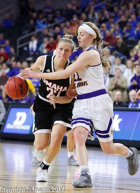 SIOUX FALLS, SD: MARCH 6: Mikaela Shaw #22 of Omaha drives against Michelle Farrow #22 of Western Illinois during the Summit League Basketball Championship on March 6, 2017 at the Denny Sanford Premier Center in Sioux Falls, SD. (Photo by Dick Carlson/Inertia)