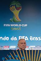 RIO DE JANEIRO, RJ, 27.03.2014 -   José Maria Marin, presidente do COL, participa da entrevista coletiva posterior à reunião do COL no Estádio do Maracanã. (Foto. Néstor J. Beremblum / Brazil Photo Press)