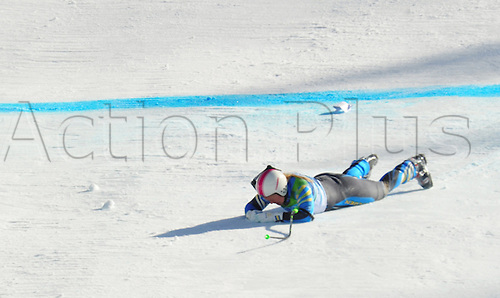 Anja Paerson of Sweden crashes at Women's Downhill race at the Vancouver 2010 Olympic Games on 17 February 2010 in Whistler, Canada. Riesch finished 8th after a severe crash of Sveden's Paerson. Photo: Peter Kneffel /Actionplus. Editorial UK Licenses Only