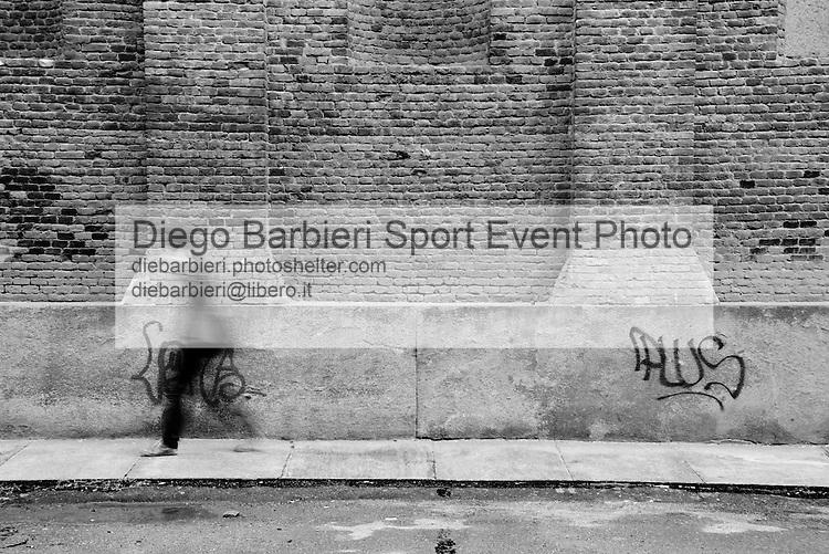 Marzo 2014 - Turin Street 1 Le foto degli album B&W sono disponibili come stampe. Per preventivi mail a diebarbieri@libero.it