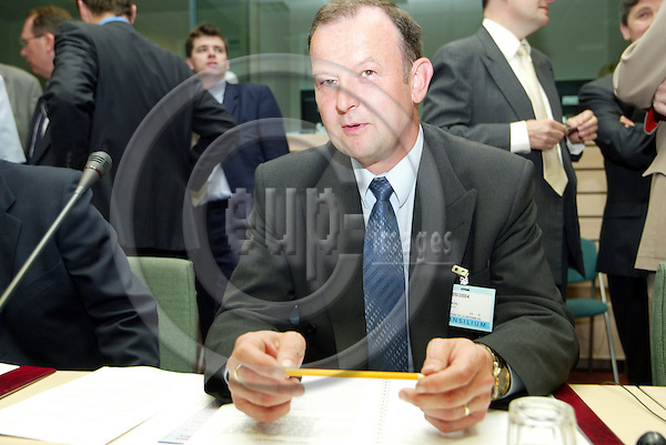 Belgium---Brussels--- 17 May 2004 --- council of the defence ministers -Minister Of Defence Of The Czech Republic Miroslav KOSTELKA - PHOTO: EUP-IMAGES / ANNA-MARIA ROMANELLI