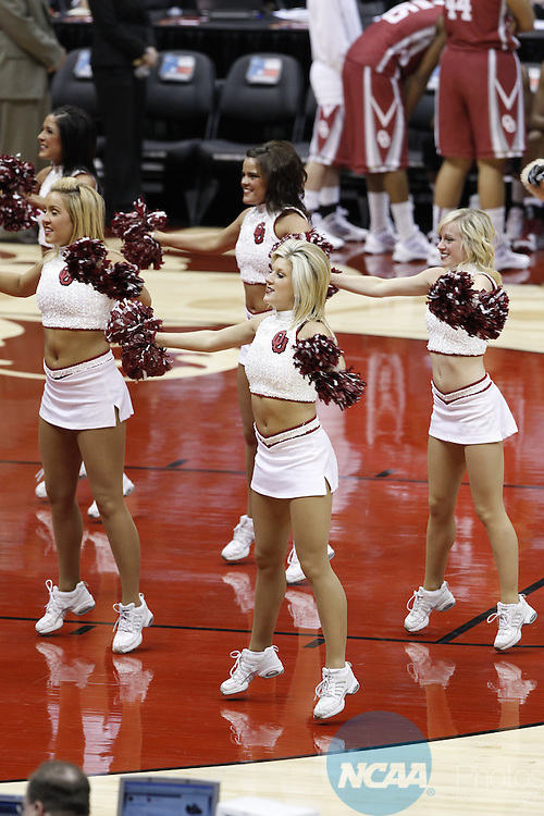 04 APR 2010:  The University of Oklahoma takes on Stanford University during the Division I Women's Basketball Semifinals held at the Alamodome during the 2010 Women's Final Four in San Antonio, TX.  Trevor Brown, Jr./NCAA Photos