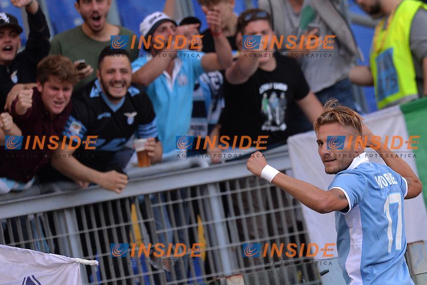 Esultanza dopo il Gol di Ciro Immobile Lazio. Goal celebration.<br /> Roma 30-10-2016  Stadio Olimpico<br /> Campionato Serie A,<br /> Lazio - Sassuolo<br /> Foto Antonietta Baldassarre / Insidefoto