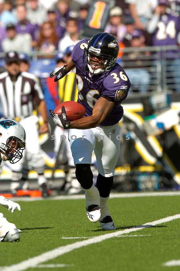 BJ SAMS, of the Baltimore Ravens , in action against the Carolina Panthers on October 15, 2006 in Baltimore, MD..Panthers win 23-21..David Durochik / SportPics...