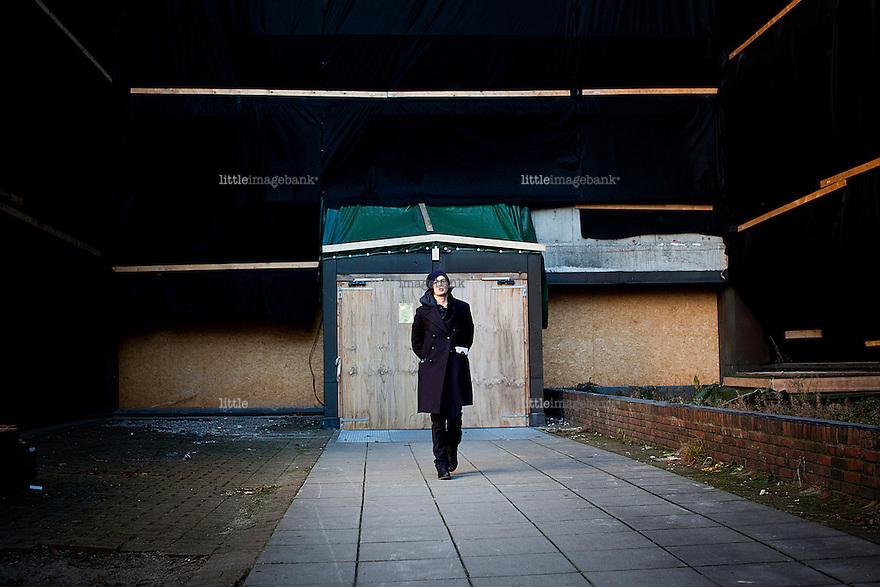 Oslo, Norge, 03.12.2012. Kunstner Vanessa Baird viser oss rundt på R6 og i sitt studio i en kjeller i Regjeringskvartalet. Foto: Christopher Olssøn.