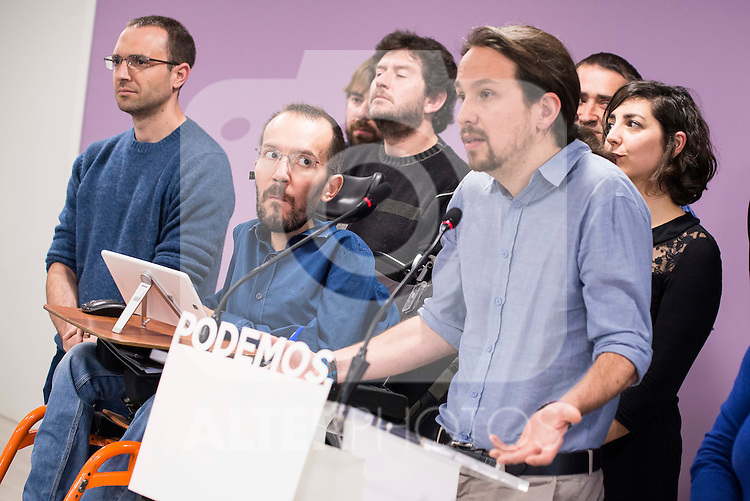 Pablo Echenique and Pablo Iglesias during PODEMOS press conference after meeting with autonomy general and organizational secretaries sat Real Palace in Madrid March 17,2016. (ALTERPHOTOS/Borja B.Hojas)