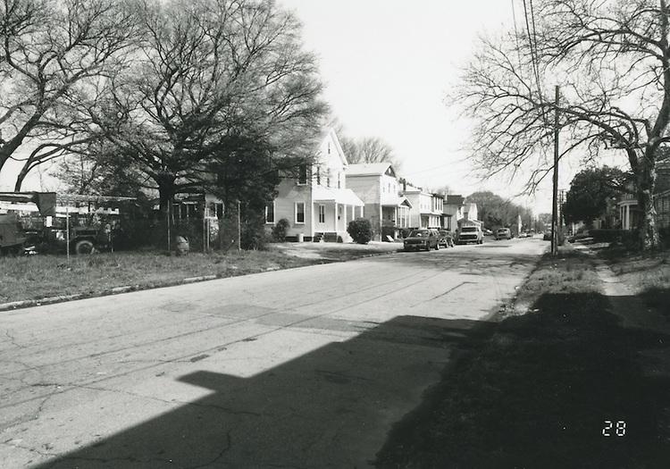1994 April 01..Conservation.Central Brambleton.Street Study Maltby Avenue..700 Maltby Avenue (East Side)....NEG#.NRHA#.04/94  CONSERV: CBramb  2  21:7  28..