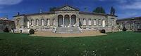 Europe/France /Aquitaine/Gironde/Tabanac : AOC 1ères côtes de Bordeaux - Château de Plassan - La façade