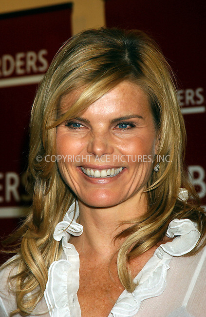 WWW.ACEPIXS.COM . . . . . ....January 4, 2007, New York City. ....Mariel Hemingway Signs Copies of her New Book 'Healthy Living from the Inside Out' at Borders Store. ....Please byline: KRISTIN CALLAHAN - ACEPIXS.COM.. . . . . . ..Ace Pictures, Inc:  ..(212) 243-8787 or (646) 769 0430..e-mail: info@acepixs.com..web: http://www.acepixs.com
