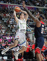 Slovenia's Klemen Prepelic (l) and USA's DeMarcus Cousins during 2014 FIBA Basketball World Cup Quarter-Finals match.September 9,2014.(ALTERPHOTOS/Acero)