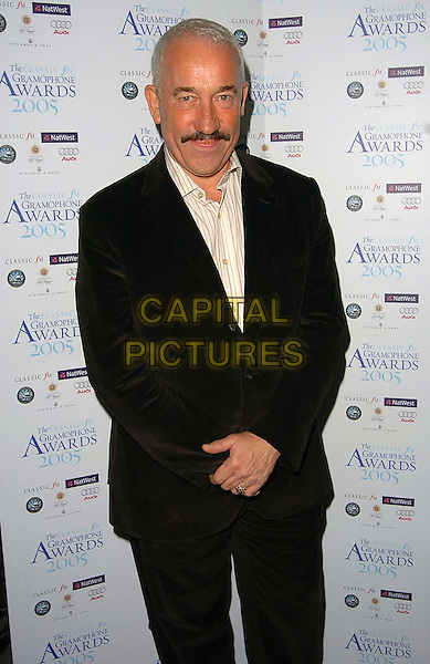 SIMON CALLOW.Classic FM Gramaphone Awards, London..September 29th, 2005.half length black suit jacket .www.capitalpictures.com.sales@capitalpictures.com.©Capital Pictures