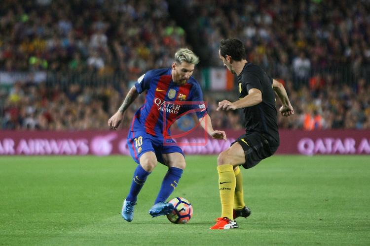 League Santander 2016/2017. Game: 5.<br /> FC Barcelona vs Atletico de Madrid: 1-1.<br /> Lionel Messi vs Godin.