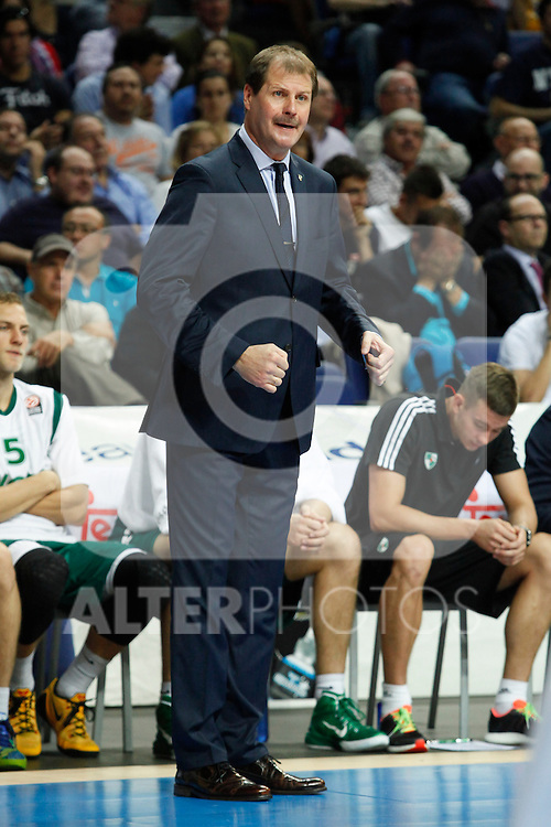 Zalgiris Kaunas´s coach Krapikas during Euroleague basketball match in Madrid, Spain. October 17, 2014. (ALTERPHOTOS/Victor Blanco)