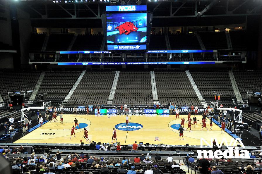NWA Democrat-Gazette/Michael Woods --03/15/2015--w@NWAMICHAELW... The University of Arkansas Razorbacks basketball team runs drills Wednesday evening during their practice at Jacksonville Veterans Memorial Arena in Jacksonville, Florida.