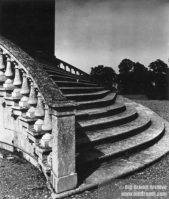Steps {unidentified]