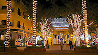 EUS- 5th Avenue Illuminated Restaurants & Shops, Naples Fl 12 13