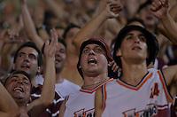 SÃO PAULO, SP, 04.12.2013 - COPA SUL-AMERICANA - FINAL - PONTE PRETA x LANÚS: Torcida Lanus durante Ponte Preta x Lanús, partida válida pela Final da Copa Sul-Americana, disputada no estádio do Pacaembu em São Paulo. Foto: Levi Bianco - Brazil Photo Press