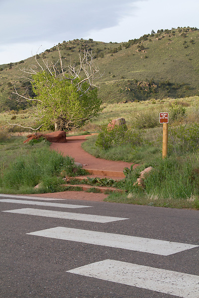 Canyon road and hiking trail intersection, Red Rocks State Park, Colorado