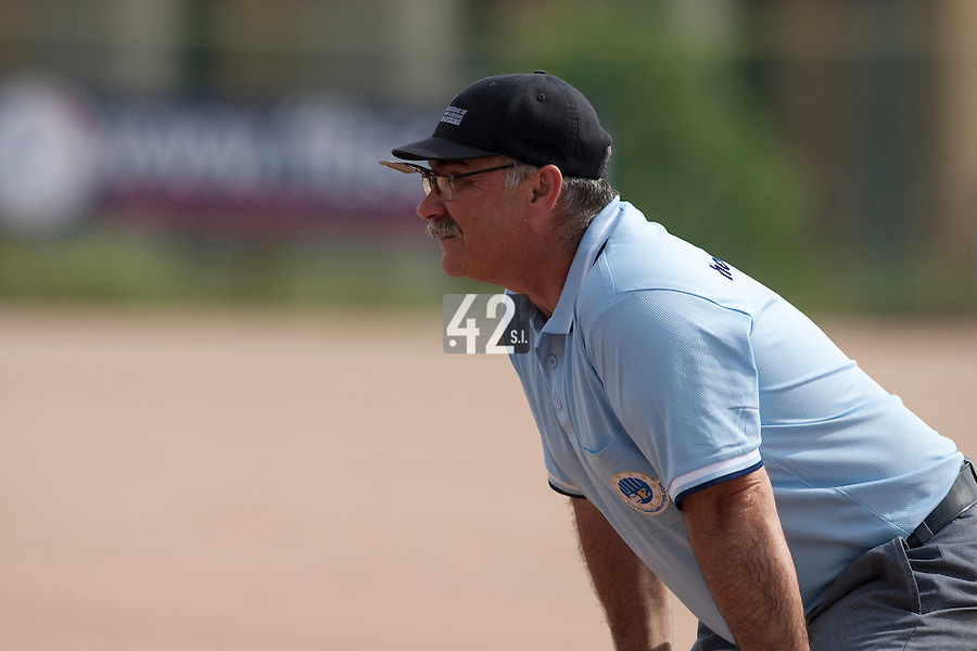 23 May 2009: Umpire is seen during the 2009 challenge de France, a tournament with the best French baseball teams - all eight elite league clubs - to determine a spot in the European Cup next year, at Montpellier, France. Rouen wins 6-2 over La Guerche.