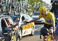 Christopher Froome (Great Britain / Team Sky)  brinda alla vittoria.<br /> tappa 21 del Tour de France<br /> 21/07/2013 Parigi<br /> Foto Vincent Kalut / Insidefoto/ Panoramic